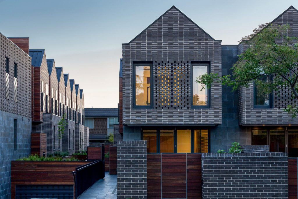 Barkers Road Townhouses by Kavellaris Urban Design